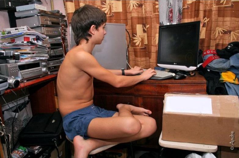 Teenage girl celebrities naked