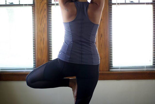 lululemon sculpt-it-crop-top-tight