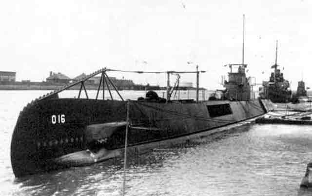 Dutch submarine 016, sunk by a mine on 15 December 1941 worldwartwo.filminspector.com