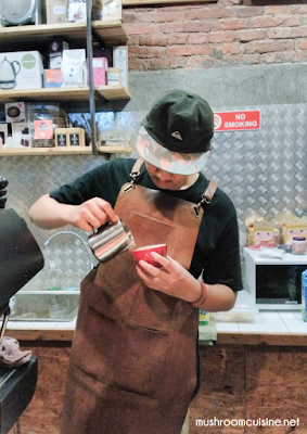 Belajar Bikin Kopi di Kedai Kopi Bara