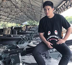 Umay Shahab Di Atas Tank
