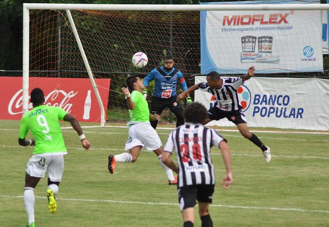 Bauger y Vega Real empatan en único partido de la LDF