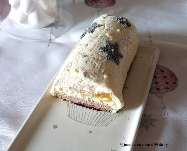 Bûche magique à la mousse de cheese-cake citronnée, insert au lemon curd et biscuit spéculoos