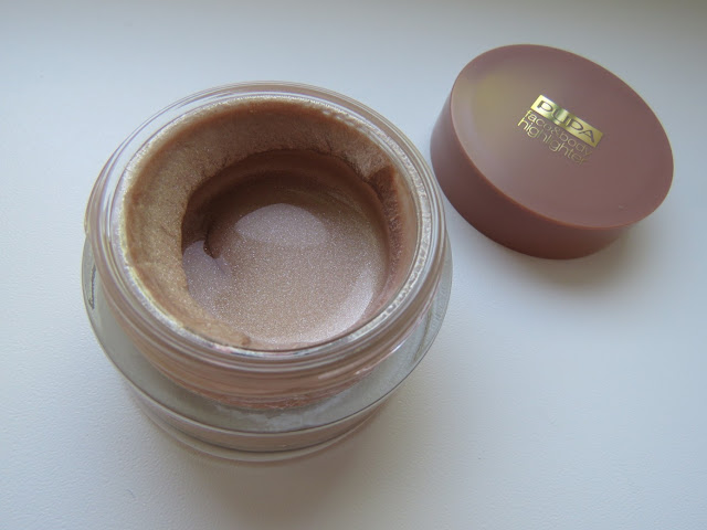 PUPA_MILANO_highlighter