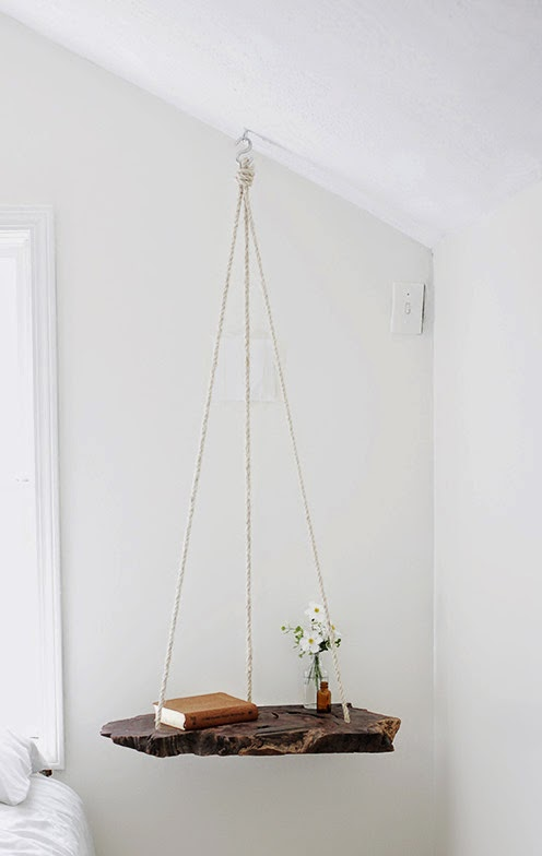 la reines blog ausgefallenen nachttisch selber bauen holzstamm mit seil. Black Bedroom Furniture Sets. Home Design Ideas