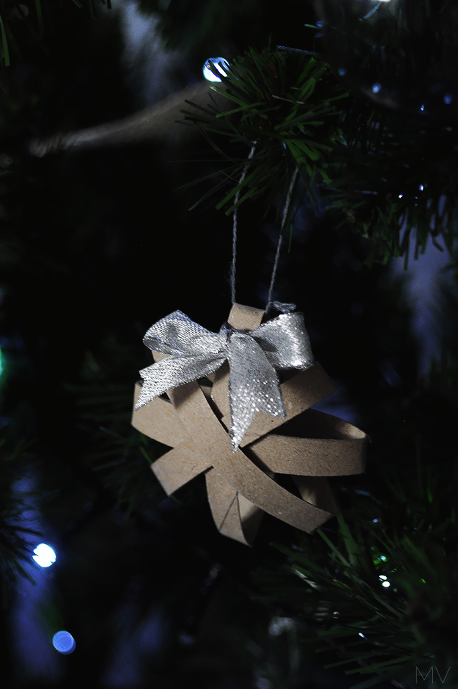 5 MINUTES CHRISTMAS TREE ORNAMENTS DIY