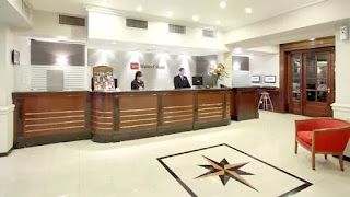 Funcionarios de la Administración Federal de Ingresos Públicos analizaron la documentación del hotel Waldorf. Se investiga la eventual emisión de facturas apócrifas