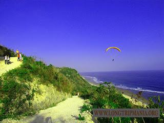 Tempat Wisata Pantai Nyang Nyang