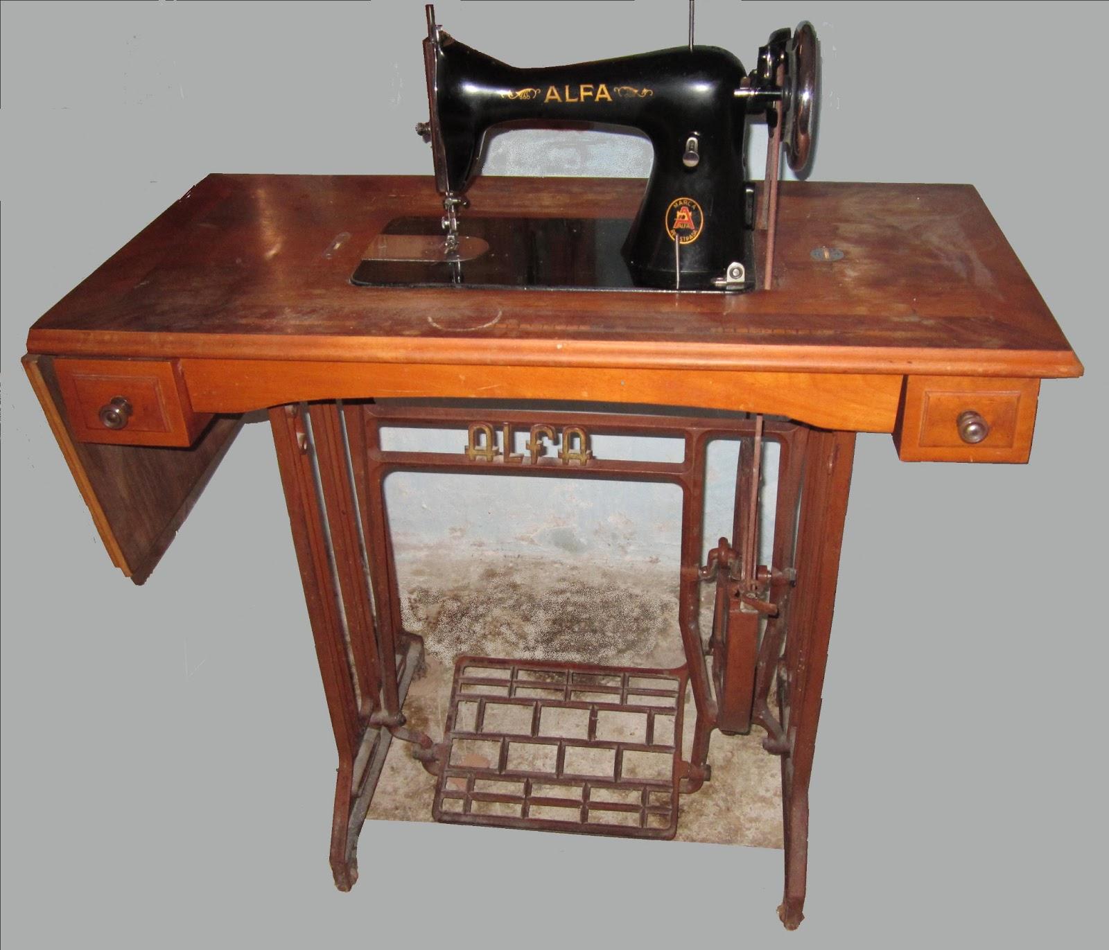 Mis experiencias mis imágenes: Máquina de coser antigua, Alfa.