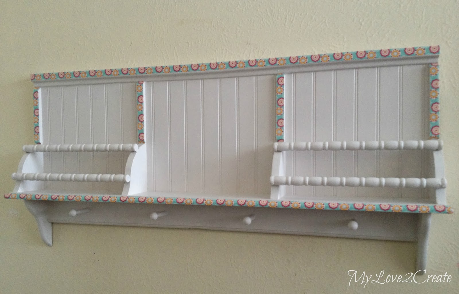 MyLove2Create, repurposed hook shelf into fun book shelf