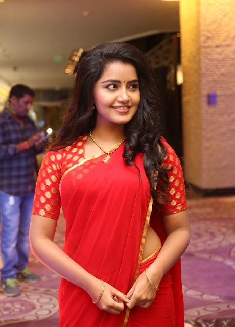 anupama red saree pics