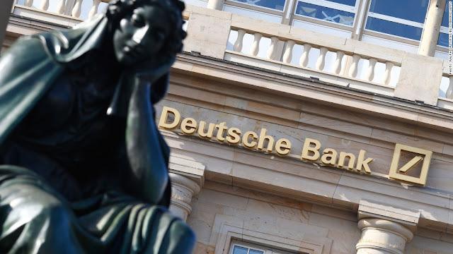 O Deutsche Bank está estudando a possibilidade de mudar sua estratégia nos Estados Unidos, onde está recorrendo contra uma multa de 14 bilhões de dólares do Departamento de Justiça devido à venda de títulos hipotecários tóxicos antes da crise financeira, disseram neste sábado duas fontes próximas à empresa
