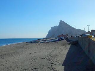 Gibraltar, España, Reino Unido, las Malvinas y ese 'otro país hispano-hablante'