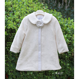 baptismal coat with white fur for girl