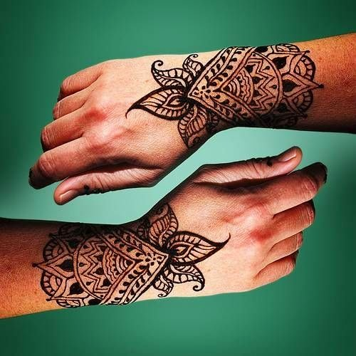 Henna Tattoo Shops: Beautiful Henna Tattoo Designs For Your Wrist