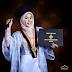 Kebaya Dress Hijab Anisa Rahma Kini Jadi Sorotan dengan Tampil Beda dari yang Lain Saat Wisuda