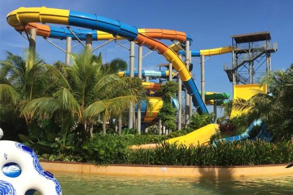 Austin Heights Water & Adventure Park Tempat menarik di johor