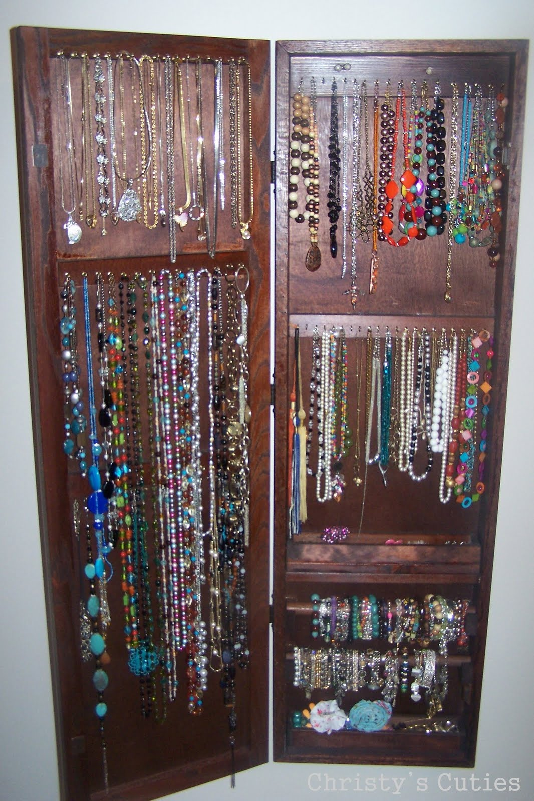 Christy S Cuties Hanging Jewelry Box