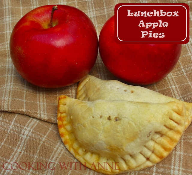 Lunchbox Apple Pies