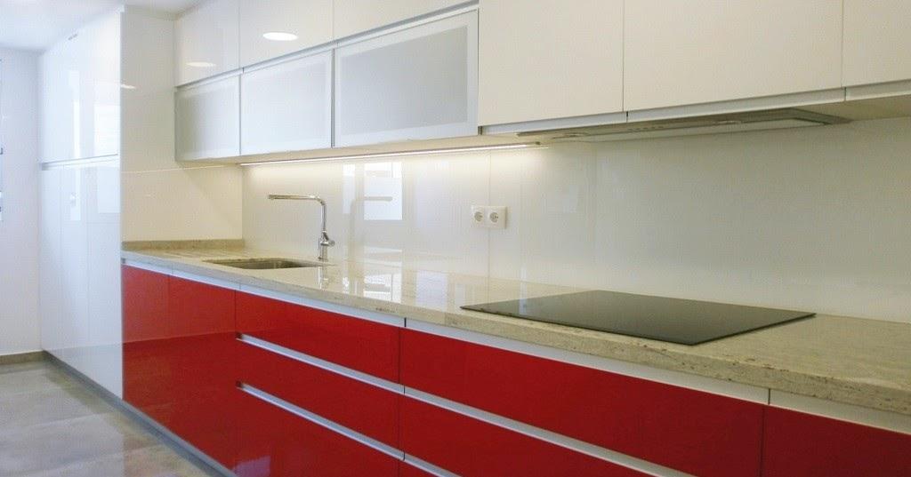 Lavadero y cocina ventajas de un espacio nico cocinas for Unir cocina y lavadero