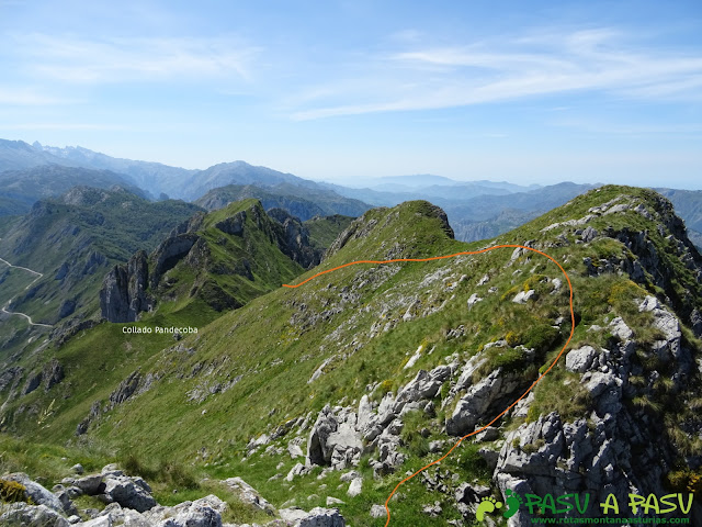 Ruta al Cueto Cerralosa y Jajao: Camino al Collado Pandecoba