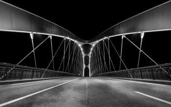 Wallpaper: Newest bridge from Frankfurt