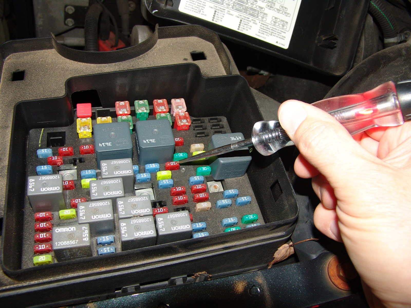 Wiring Diagram Also 2001 Chevy Tahoe Fuse Box Diagram On 95 Honda