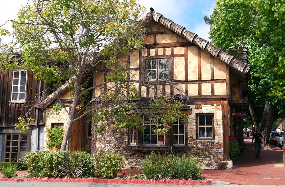 carmel downtown houses fairytale california seaside charming town vacation roadtrip
