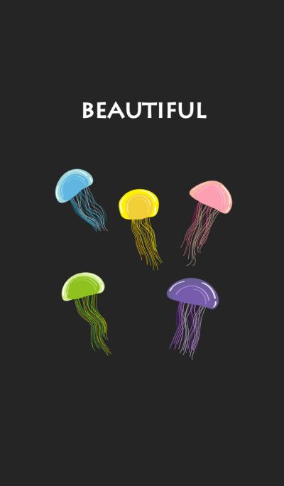 神秘的な蛍光クラゲ