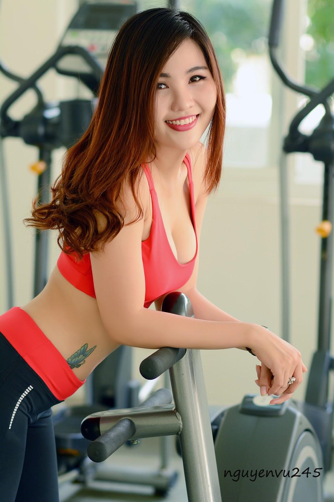 Hot Girls ♔♔…Huyền Beby - Trang 1