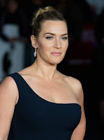 Kate Winslet flaunts figure at the 'Steve Jobs' premiere in London