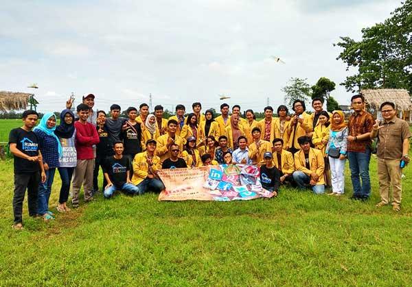 BEM Fakultas Hukum Ubhara Jaya Sukses Gelar Seminar Tentang Hoax Dan Sosmed