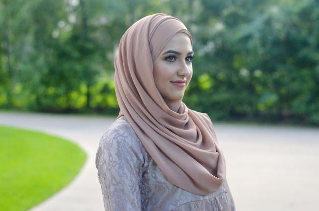Beginilah Balasan Bagi Mereka yang Menentang Untuk Menggunakan Hijab [Video]