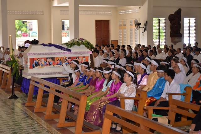 Thánh Lễ an táng Cha Phêrô Bùi Thanh Xuân - Gp Vĩnh Long - Ảnh minh hoạ 8