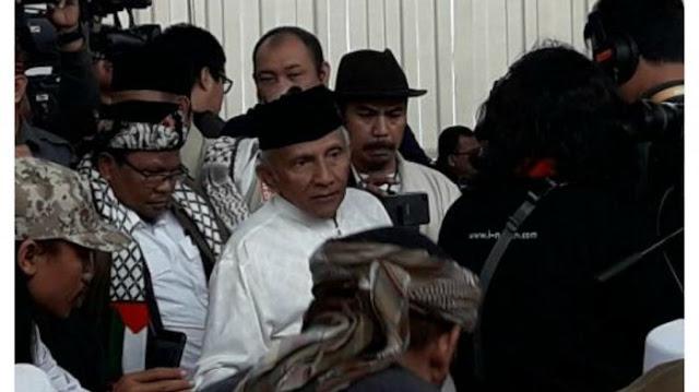 Puji Aksi Ketua BEM UI ke Jokowi, Amien Rais: Kalau Saya Bahkan Kasih Kartu Merah
