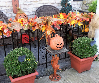 Fall Decor on Porch