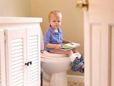 http://kataella.blogspot.co.id/, emak-emak, Shalihah Motherhood, Toilet Training, Balita, Mengajarkan toilet training pada anak, Ella Nurhayati