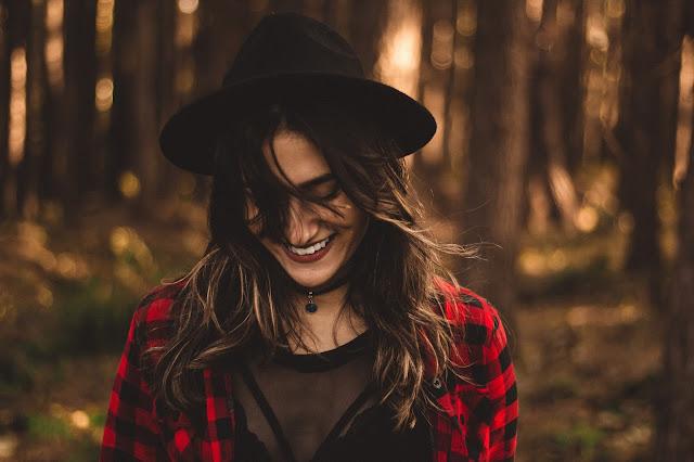 4 Tipe Wanita yang Mudah Memikat Hati Pria