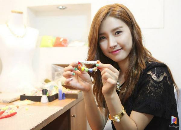 Kim So Eun Cabut dari Fantagio ke Will Entertainment