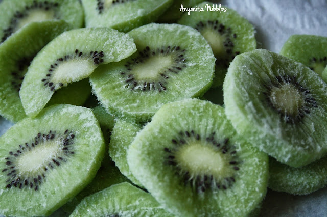 Frozen slices of thickly cut kiwi fruit from www.anyonita-nibbles.com
