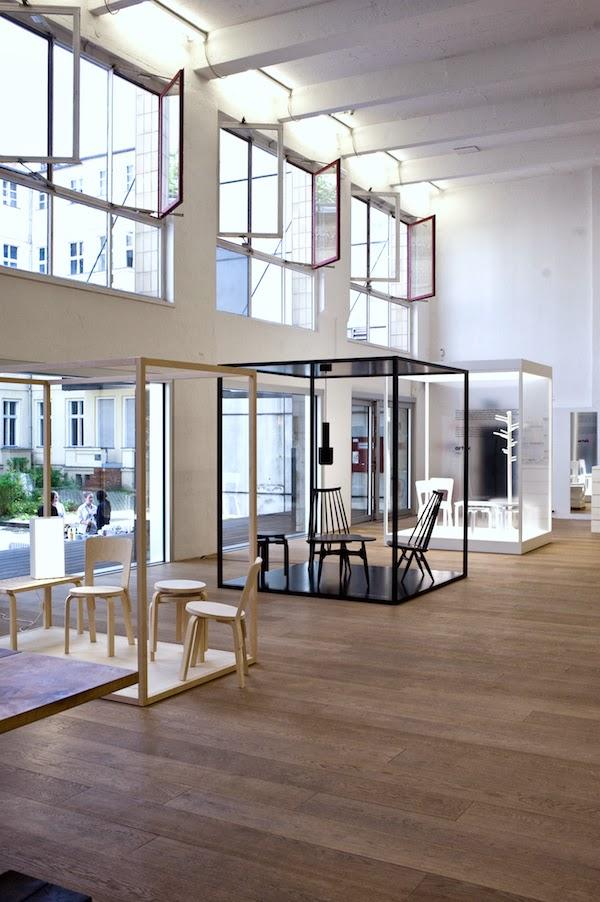 vosgesparis vitra loves artek united by design. Black Bedroom Furniture Sets. Home Design Ideas