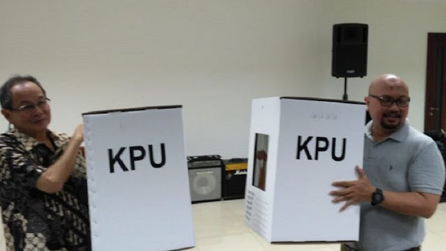Kotak Suara Berbahan Kardus, 4 Pertanyaan Wasekjen MUI Bikin Netizen Heboh