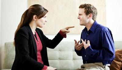4 Alasan Pria Enggan Meminta Maaf