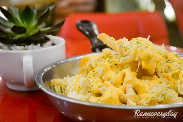 Cheesy Fries at Beans and Blossoms Cafe Malolos