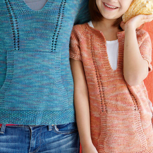 Casual Knitted T-Shirt for Mom & Daughter - Free Pattern