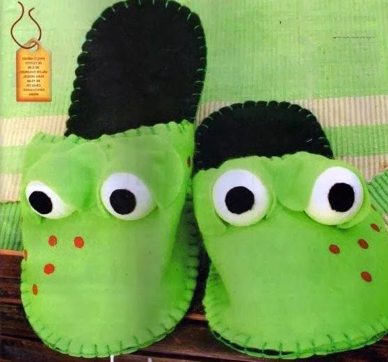 "Тапочки-лягушки. Slippers ""Frogs"""