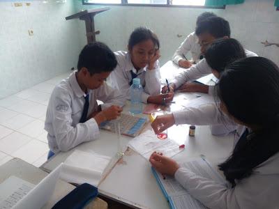 Pengertian dan Struktur Teks Rekaman Percobaan Kelas 9