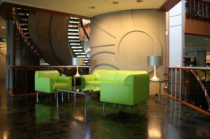 Decoration: Office Decorating Ideas