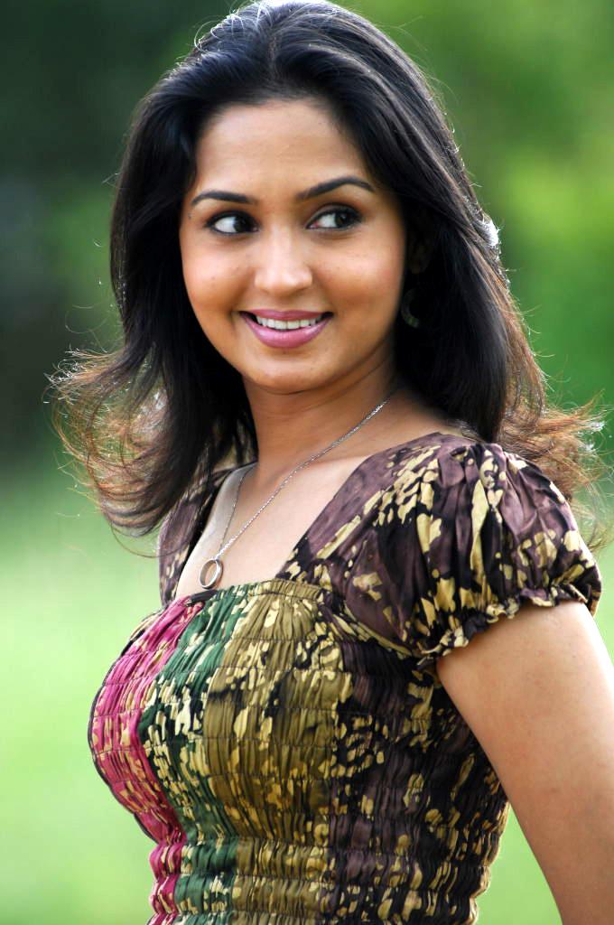 Tamil Movie Actresses: Gajala Latest Photo Gallery