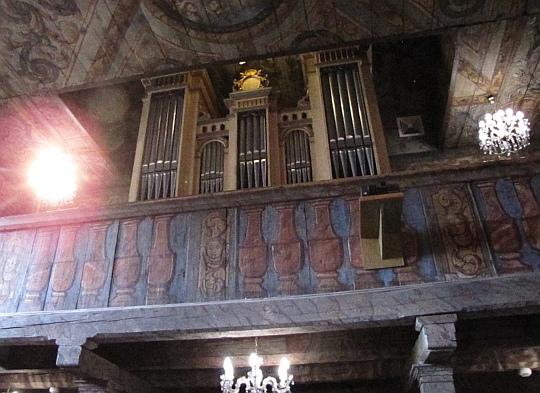 Kościół św. Barbary w Mikuszowicach. Organy.